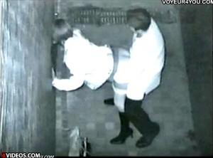 【 盗撮動画 】繁華街の路地裏は酒に酔った男女のセックススポットだったwww※証拠あり!!!