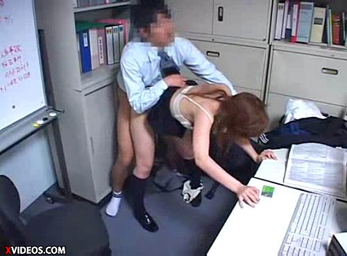 【 盗撮動画 】キセル不正した巨乳JKの代償は重かった…駅長の妊娠中出しレイプ!!!※閲覧注意