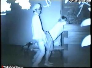 【 盗撮動画 】深夜の公園は素人カップルのセックススポットだった証拠映像!!!※赤外線盗撮