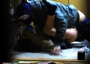 【 盗撮動画 】女を本気ボコボコ暴力強姦する閲覧注意ガチレイプ映像!!!※自己責任でご覧下さい。
