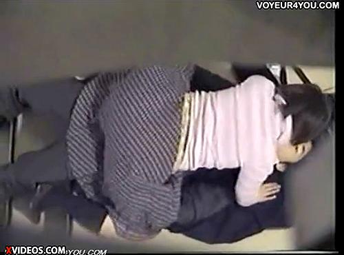 【 盗撮動画 】雑居ビルの非常階段でSEXする素人カップルを上の階から激撮したったwwwww