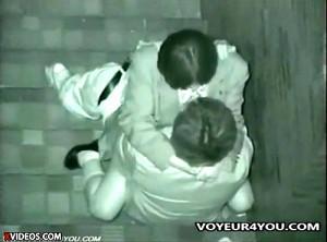 【 盗撮動画 】人気ない階段で放課後イチャイチャする学生カップルを赤外線盗撮!!!