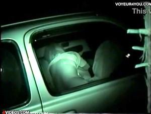 【 盗撮動画 】公園の駐車場でカーセックスする素人カップル狩り盗撮流出!!!