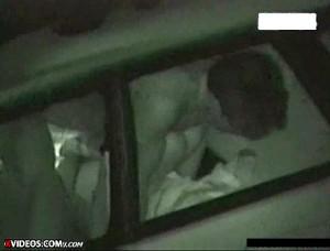 【 盗撮動画 】深夜の駐車場でカーセックスする素人カップルの死角から赤外線ガチンコ盗撮!!!