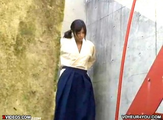 【 盗撮動画 】弓道部のムッチリ巨乳JKの着替えを覗き見盗撮したったwwwww