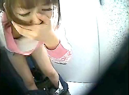 【 盗撮動画 】ドスケベ痴女が試着室でイケメン店員を呼んで誘惑⇒悪戯サイレントSEX盗撮wwwww