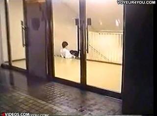 【 盗撮動画 】放課後の学校で覗き見⇒JK彼女の極抜きフェラチオ盗撮したったwwwww