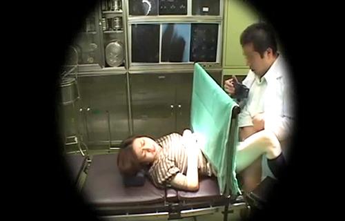 【盗撮動画】不妊治療をする人妻を狙い中出しまくる変態医師の盗撮記録!!!※閲覧注意