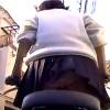【 盗撮動画 】自転車で通学するミニスカJKを狙いパンチラ逆さ撮り盗撮www※後輪周辺に小型カメラ設置