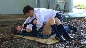 【 盗撮動画 】エロ本を真似してJKをレイプしたモテない童貞君の衝撃の盗撮映像wwwww