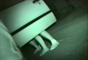 【 盗撮動画 】車のドアを開けて野外カーセックスする素人バカップルを赤外線盗撮wwwww