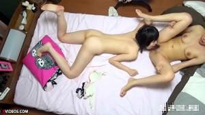 【 盗撮動画 】女子お泊り会の部屋盗撮したら大人顔負けのレズエッチしていた衝撃映像wwwww