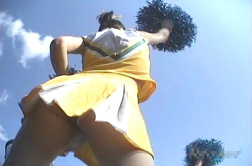 【盗撮動画】高●野球の地方予選でチアガールJKを試合終了まで逆さ撮りパンチラ盗撮wwwww