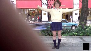 【 盗撮動画 】ナンパした女の子にエロ悪戯!!誘導して風パンチラモロ見え盗撮した面白映像wwwww
