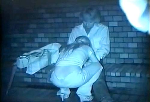 【盗撮動画】発情したギャルカップルの深夜野外SEXをお楽しみ下さい。※赤外線盗撮
