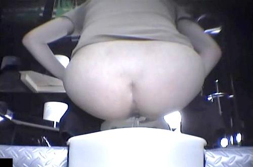 【盗撮動画】とあるBARの女子トイレは死角なし完全盗撮されていた衝撃映像wwwww