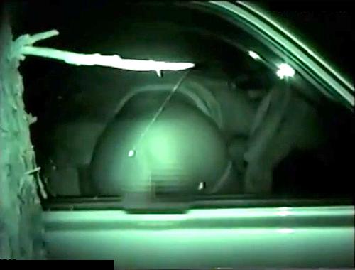 【盗撮動画】とある有名カーセックススポットに潜入して素人カップルを赤外線盗撮したったwwwww