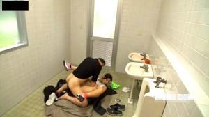 【 盗撮動画 】本当にあった!!ランニングする巨乳お姉さんと前代未聞のエロハプニング映像wwwww