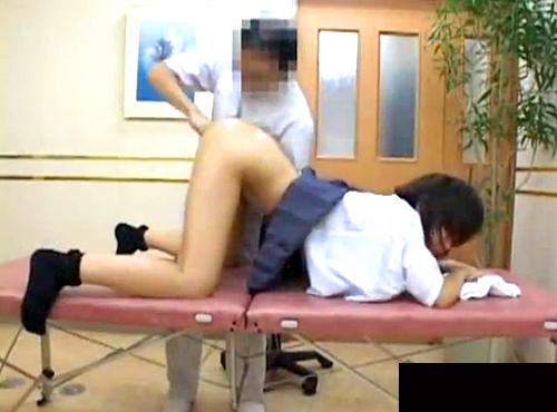 【盗撮動画】JKが未体験の快感に酔い痴れるポルチオ性感マッサージ盗撮映像wwwww