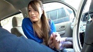 【 盗撮動画 】AV初出演シロウト娘にドライブセンズリ鑑賞させたマニアック盗撮映像wwwww