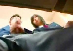 【 盗撮動画 】可愛い美少女JKが授業中に周りにバレない様に男子生徒のチンポを手コキご奉仕してる件www