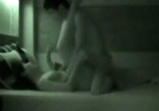 【 盗撮動画 】ラブホテルで素人カップルの本気セックスを暗視カメラで一部始終を隠し撮りwww