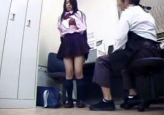 【 盗撮動画 】鬼畜店長が万引きした制服JKのカラダをチェックした後にセックスする様子を防犯カメラが捉えた!!!