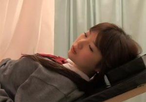 【 盗撮動画 】産婦人科検診とは名ばかりで可愛いJKに対してイキ過ぎたセクハラ診察の実態がコチラ!!!