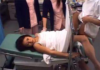 【 盗撮動画 】「先生、何か入ってます!」素人美人妻が悪徳産婦人科医にチンポを挿入されて生中出し!!!