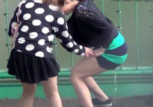 【 隠撮動画 】街中でオシッコお漏らしする綺麗な女性たちの決定的瞬間を激撮したったwww