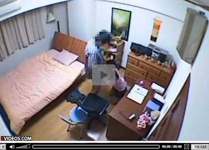 【 盗撮動画 】JS少女の娘にフェラチオを教え込み口内射精ごっくんさせる変態親父が個人撮影www