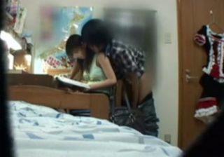 【 盗撮動画 】教え子のJC巨乳少女にエッチな行為をする変態家庭教師の衝撃映像がコチラwww