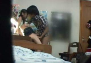 【レイプ盗撮動画】ロリJC少女の胸ばかり気になるロリコン家庭教師が性欲に負けて生徒を犯すwww