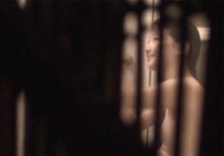 【風呂盗撮動画】民家に侵入して女子大生がシャワー浴びてる所をドキドキしながら隠し撮りwww