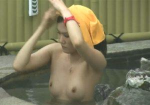 【露天風呂盗撮動画】禁断の花園を望遠カメラで覗く…素人女性の素っ裸が生々しくてヤバイwww