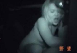 【赤外線盗撮動画】カーセックスしてる素人カップルを赤外線カメラで使用して覗き込むwww