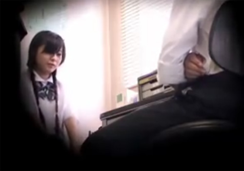 【JK万引き盗撮動画】愚行を犯した女子校生に対して悪質なスケベ店長のワイセツ行為で生中出しwww